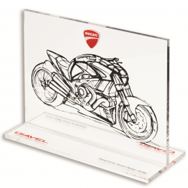 Эскиз мотоцикла Ducati Diavel