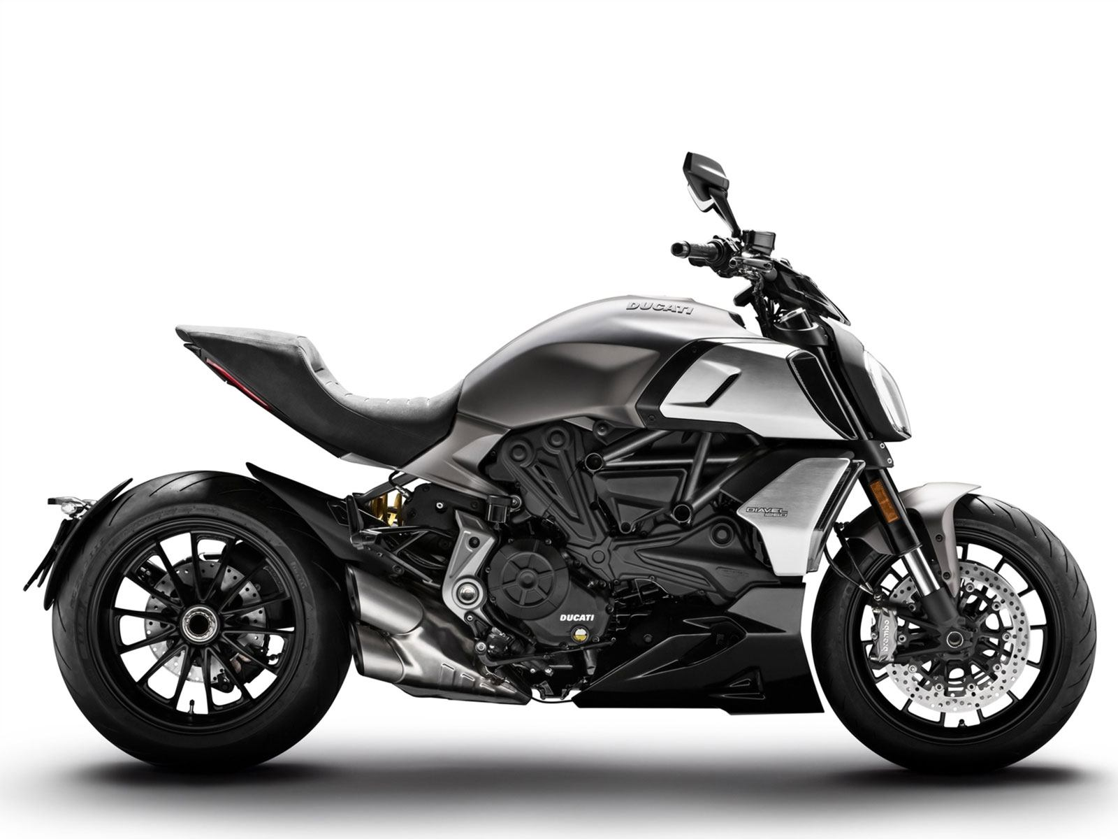 Мотоцикл DUCATI Diavel 1260 - Sandstone Grey (2019)