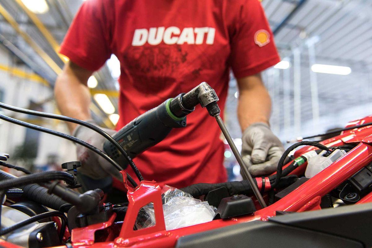 DUCATI изнутри — экскурсия по заводу ДУКАТИ в Болонье