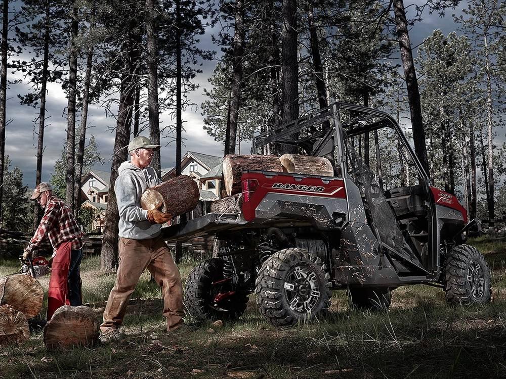 В кузов Ranger помещается объемный и тяжелый груз