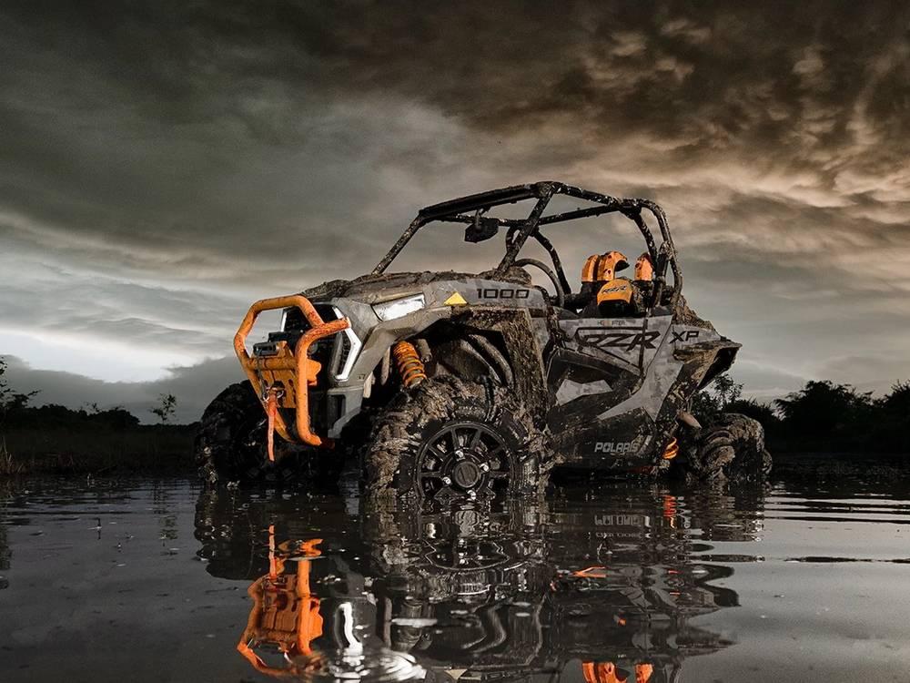 RZR High Lifter - машина для грязи и болот