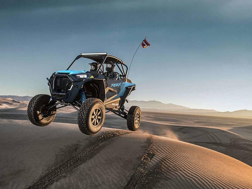 RZR Turbo S - мощный мотор и активная подвеска